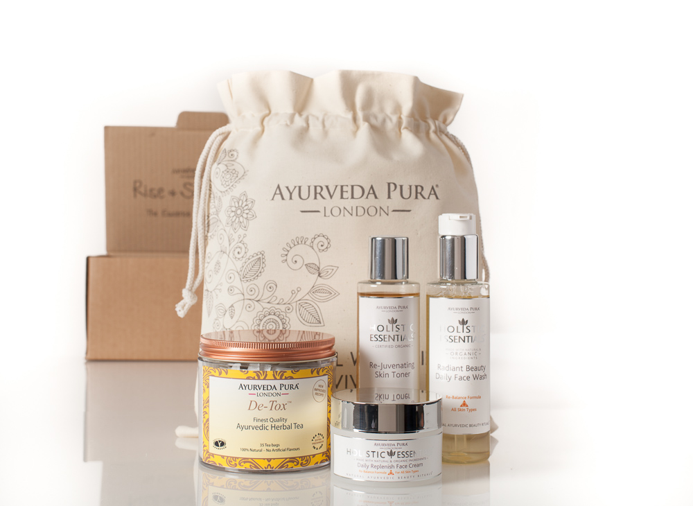 Ayurveda Pura Rise and Shine Kit