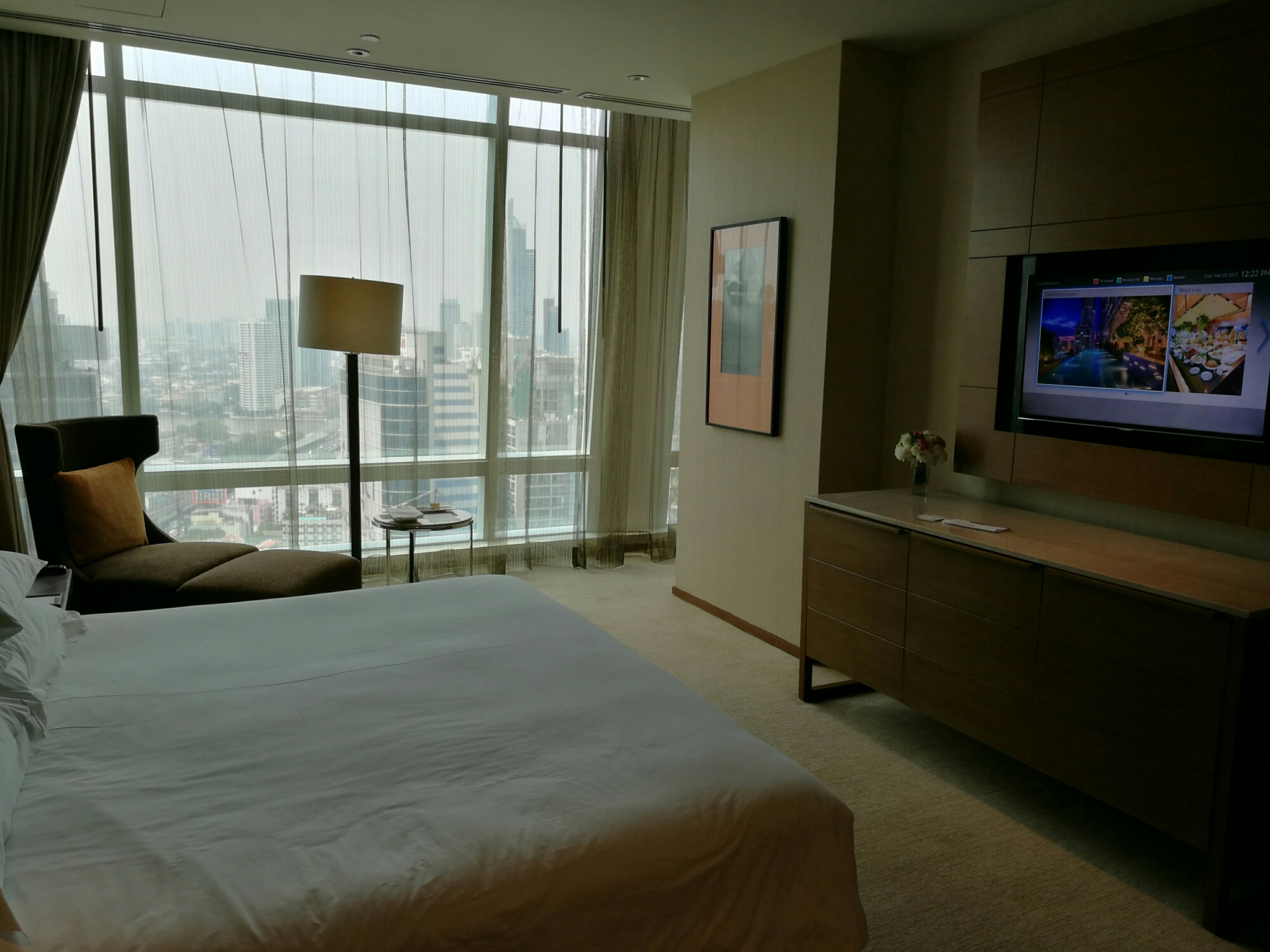 East in Grand room, Bangkok