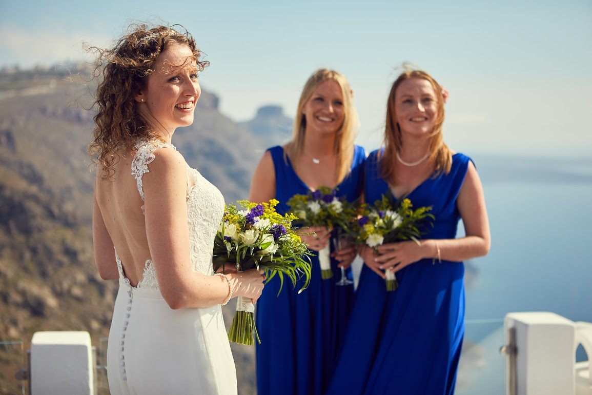Santorini bride and bridesmaids
