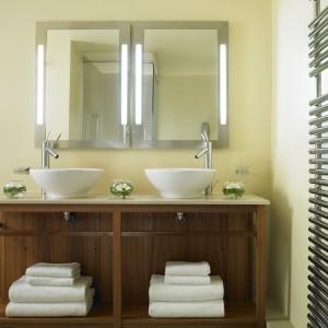 Bathroom in Executive room at Cavendish Hotel