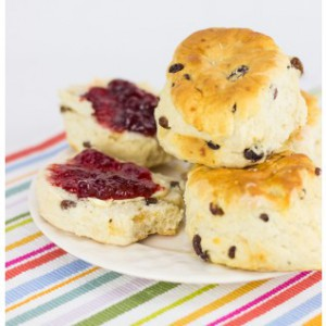 Delimann scones and jam