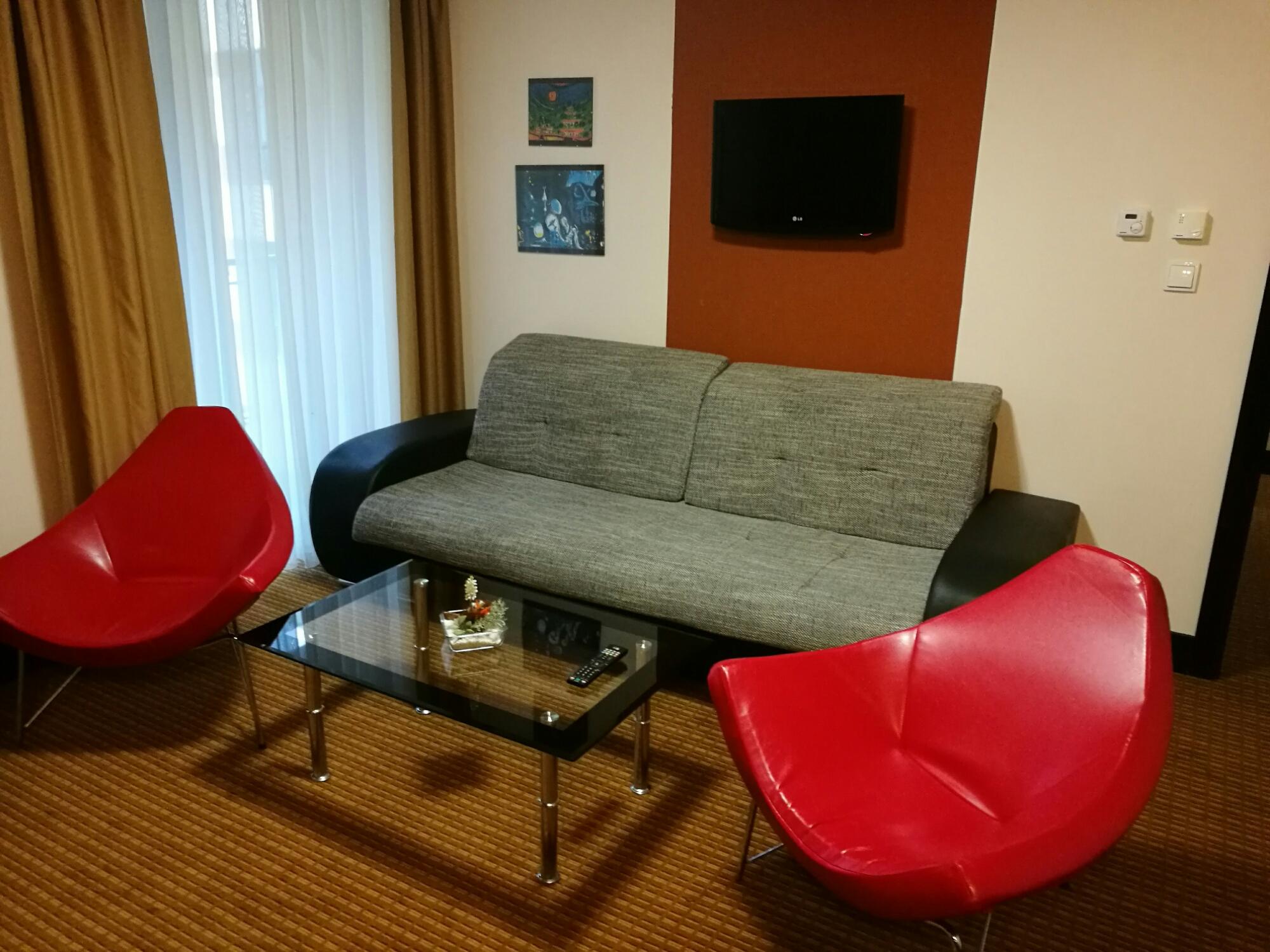Grand Majestic Plaza Hotel Room