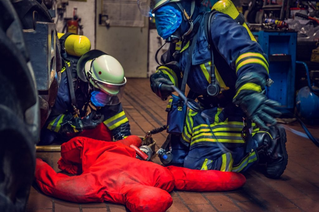 practising safety in dangerous environments
